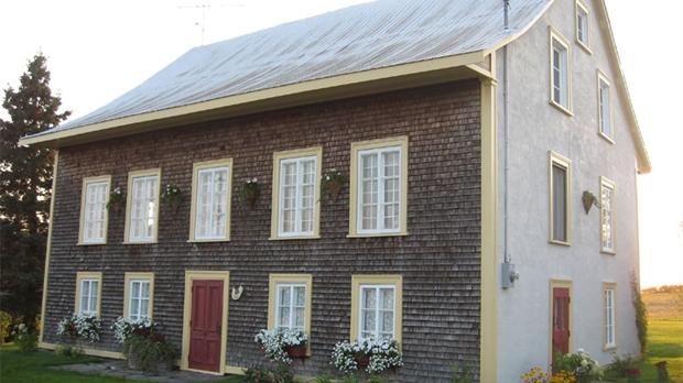 passion maisons parlera d une vieille maison ancestrale de jean pierre lagueux. Black Bedroom Furniture Sets. Home Design Ideas