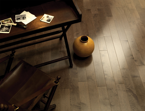 Plancher chambre des maitres on pinterest flooring wood flooring and floors for Peindre plancher bois franc