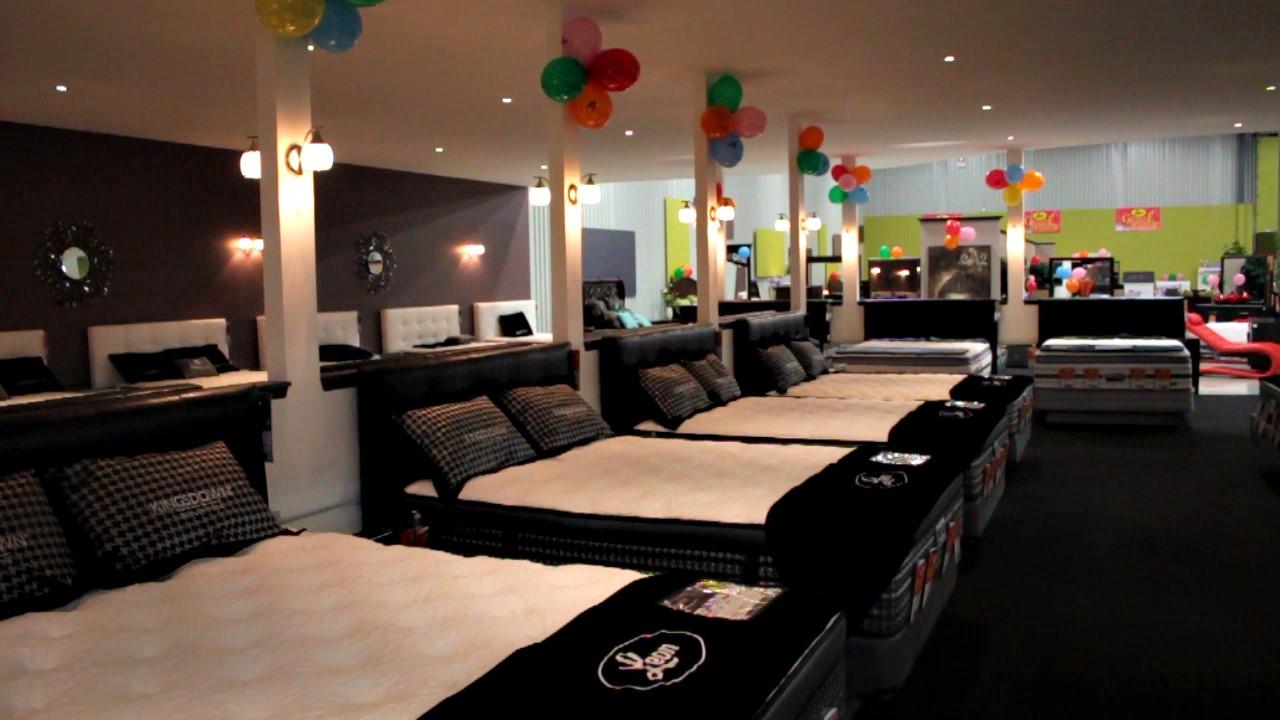 meubles l on arrive saint georges. Black Bedroom Furniture Sets. Home Design Ideas