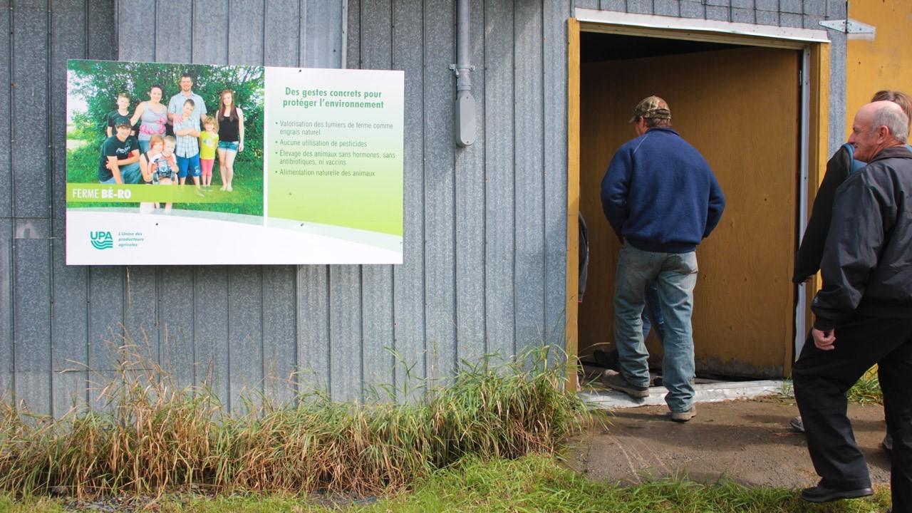 La ferme b ro accueille de nombreux visiteurs lors de la for Porte ouverte upa