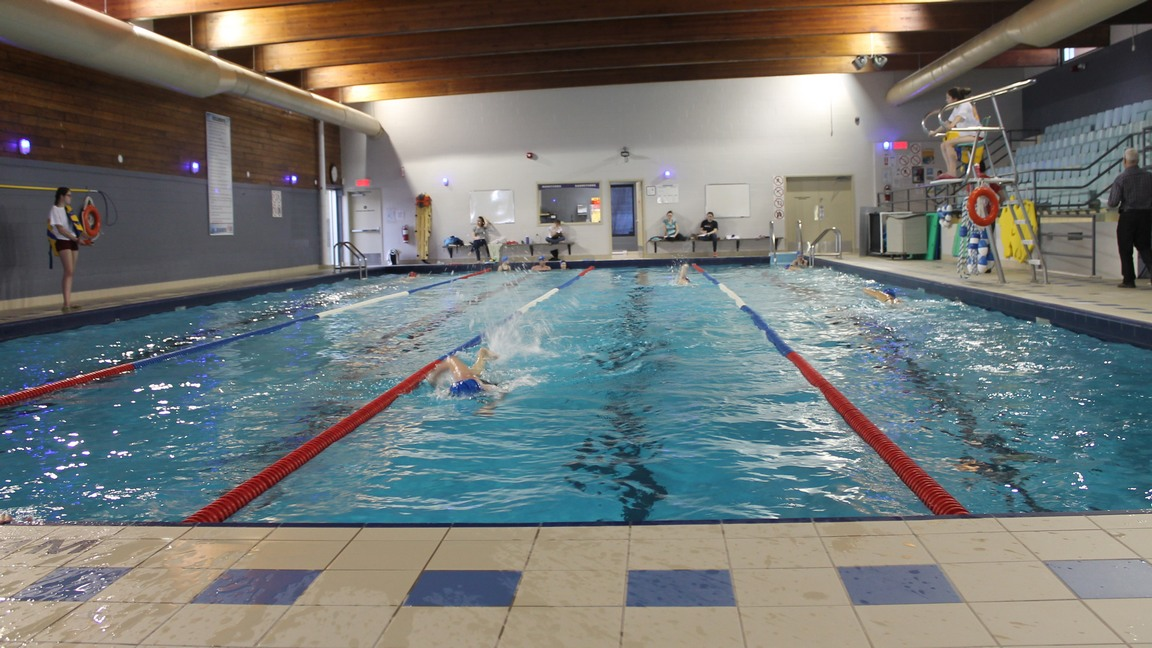 Troisi me dition de je nage pour la vie beauceville for Club piscine cure labelle laval
