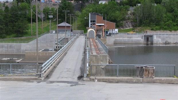 C Est Au Tour Du Barrage Sartigan D 234 Tre Sous Surveillance