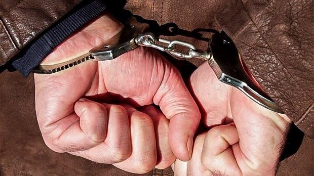Deux individus arrêtés pour avoir agressé un aîné
